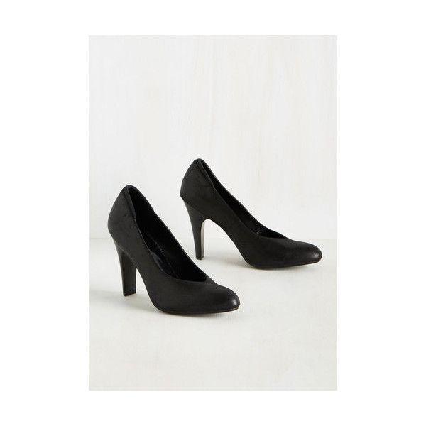 Minimal Sheen Queens Heel ($65) ❤ liked on Polyvore featuring shoes, pumps, black, heels, pump heel, synthetic leather shoes, black heel pumps, kohl shoes, black heeled shoes and vegan footwear