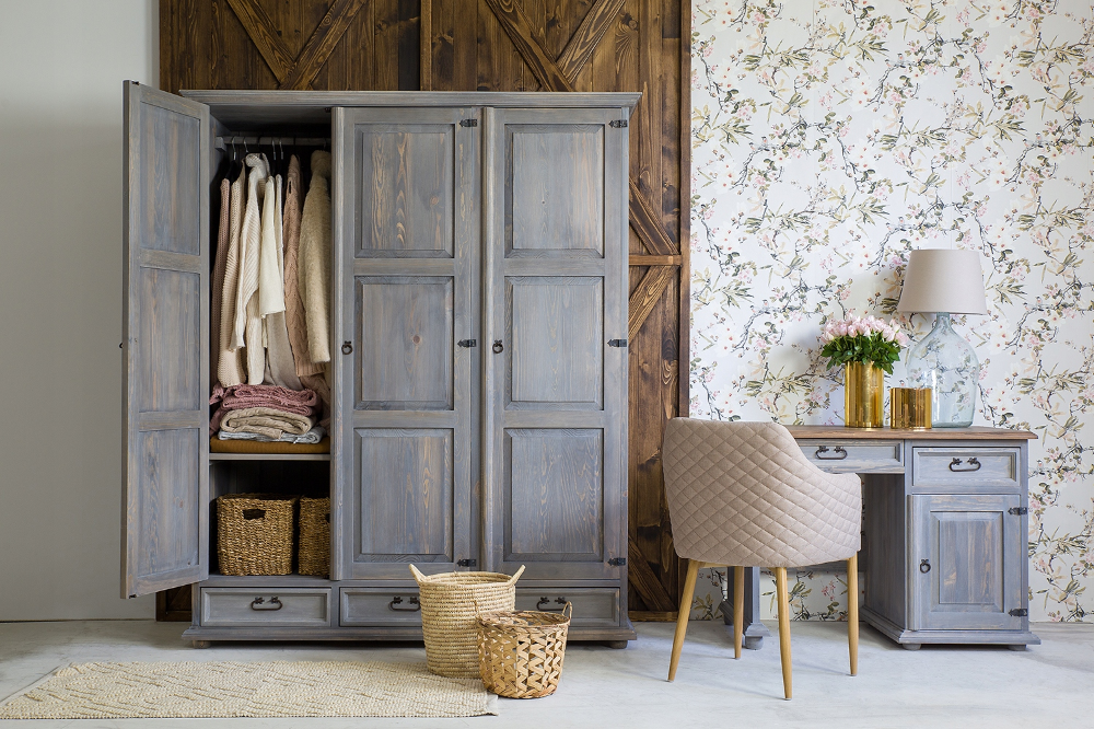 Drewniana Stylowa Szafa Woskowana Sosna 8268778918 Oficjalne Archiwum Allegro Furniture Home Decor Home