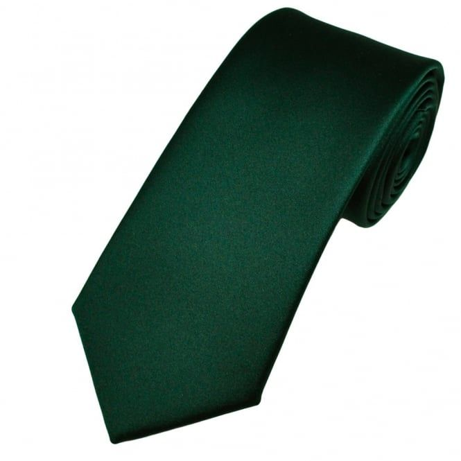The Green Tie Is Always A Perfect Choice Choosmeinstyle In 2020 Green Man Green Tie Color Swatches