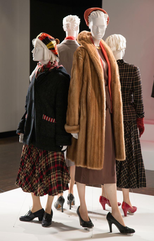 Carol Costume Designer Sandy Powell 24th Annual Art Of Motion Picture Costume Design Exhibition Fidm Museum Costume Design Costume Collection Costumes