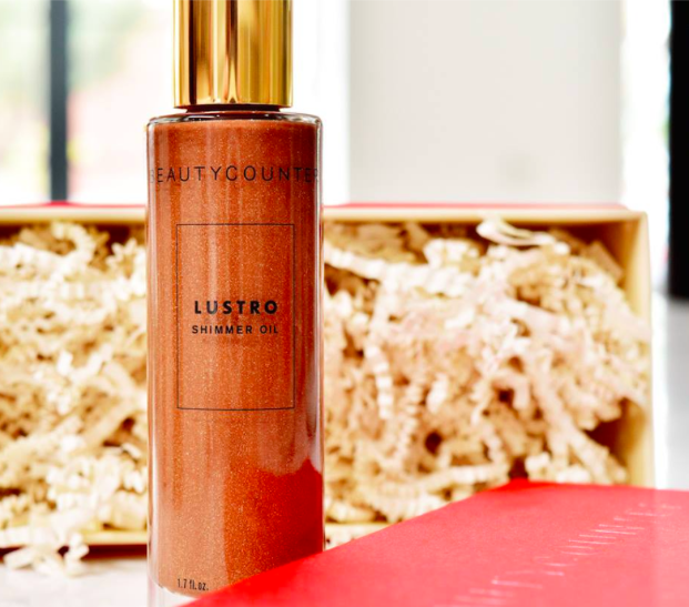 Finally, our Lustro Shimmer Oil in Rose Neroli is available for the first time on its own. Use it to get a sun-kissed glow—without the potentially harmful effects of the sun.