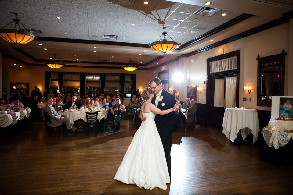 Cheap Wedding Photography Chicago: Maggiano's Weddings