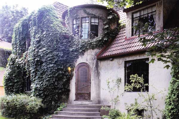 Spokane S Spectacularly Ivy Draped Cunningham House Built