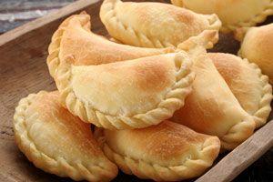 Empanaditas rellenas de queso crema con piña   Sabores en Linea