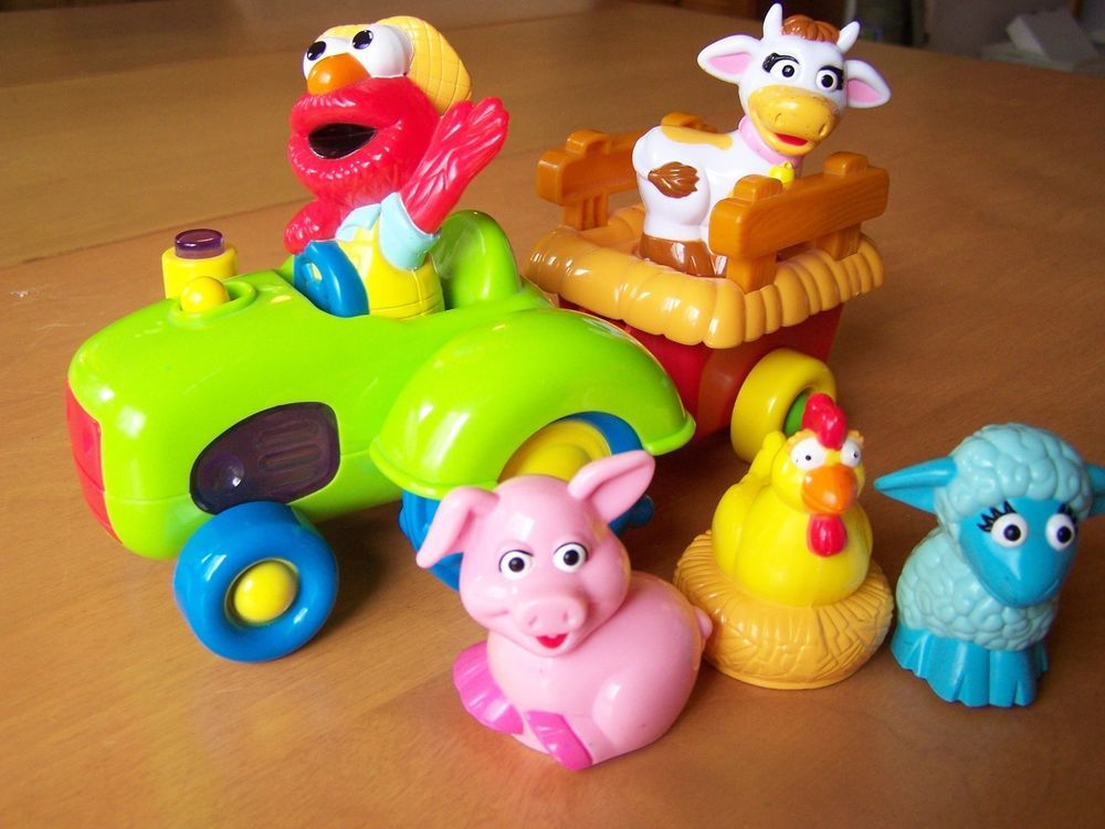 Sesame Street Musical Toys : Sesame street farmer elmo musical tractor toy with farm