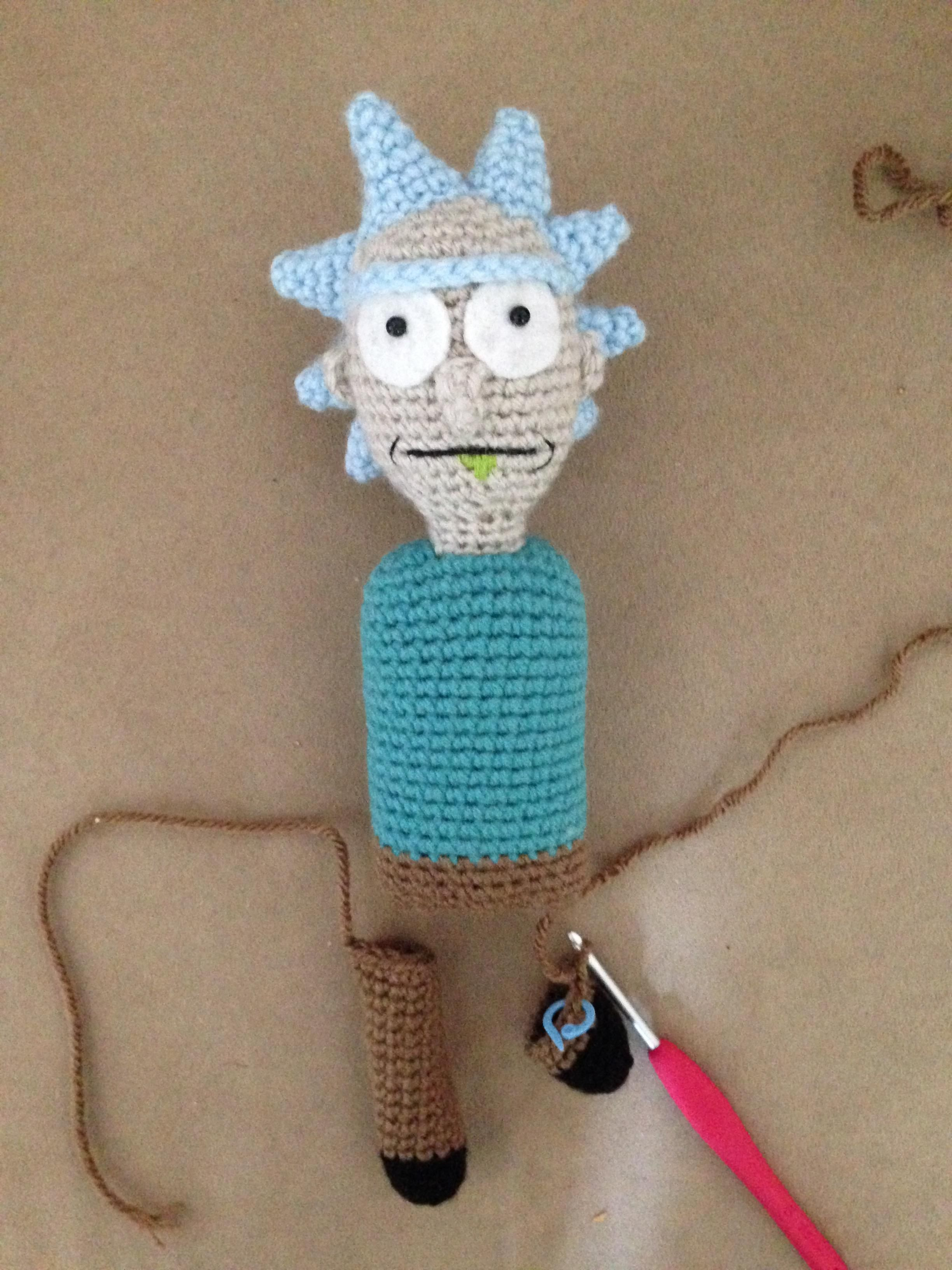 1000 images about crochet thread mini amp micro on pinterest - Crocheted Rick From Rick And Morty It S Tiny Rick Bitches Pinterest Crochet Amigurumi And Crocheted Toys