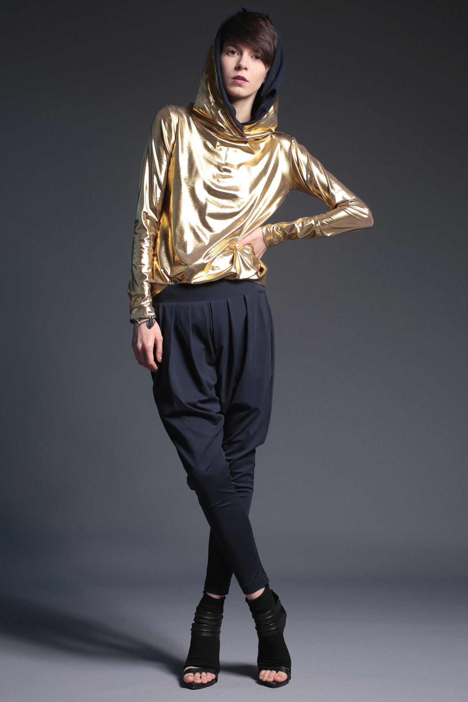 #fashion #woman #womansfashion #gold #hoodie  buy on www.magdahasiak.com