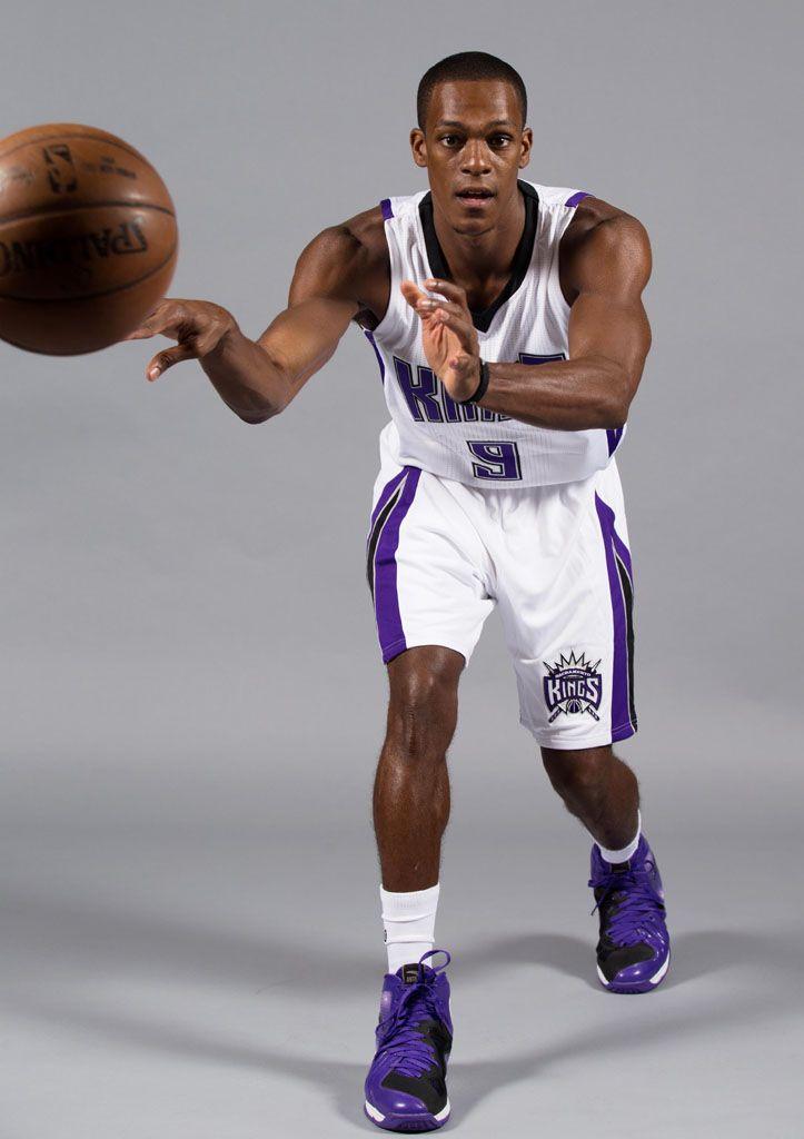 010a31da4 Rajon Rondo wearing the  Kings  ANTA RR1 Basketball Season