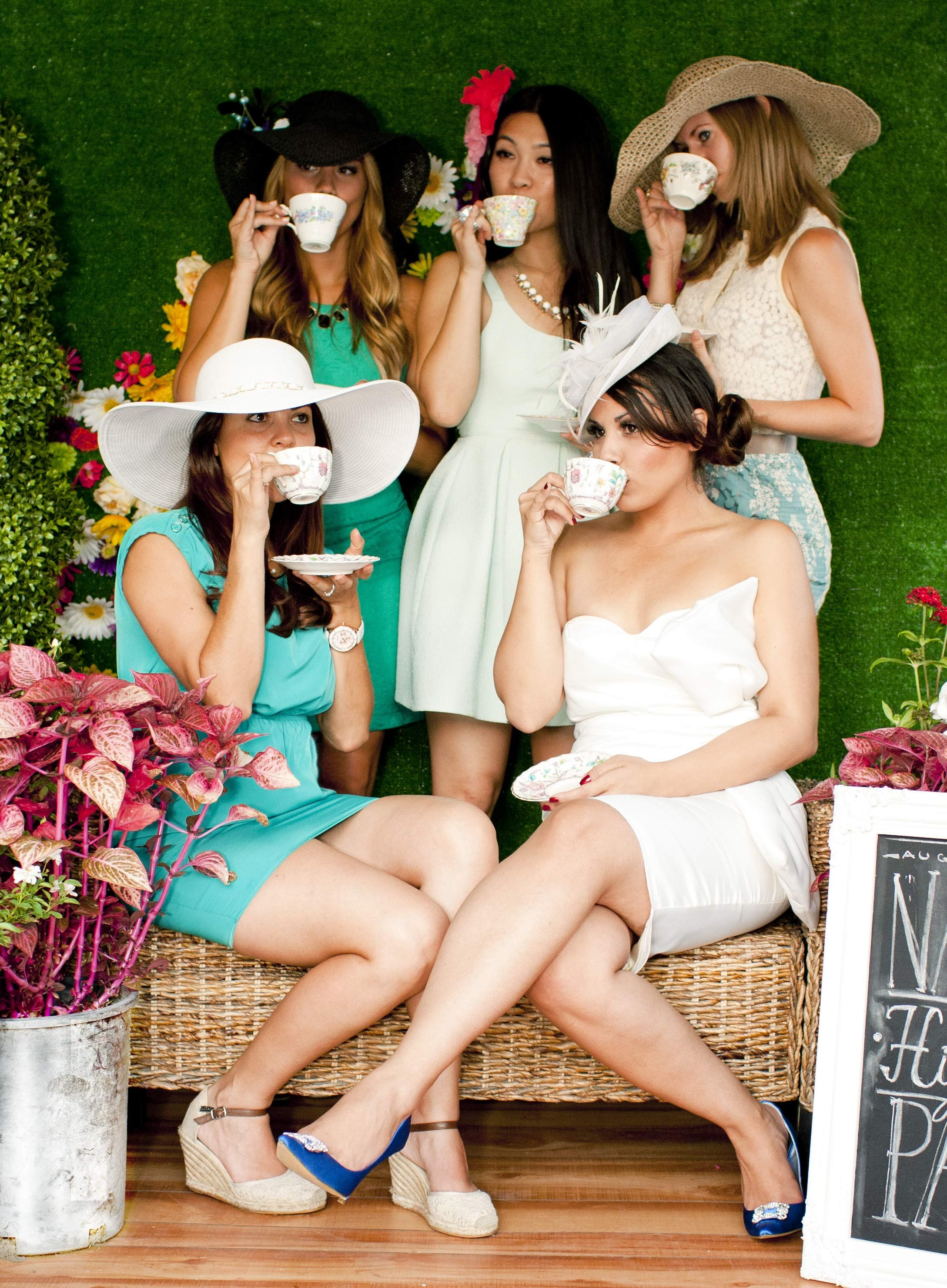 What To Wear To A Baby Shower 36 Ideas To Be Comfortable In Tea