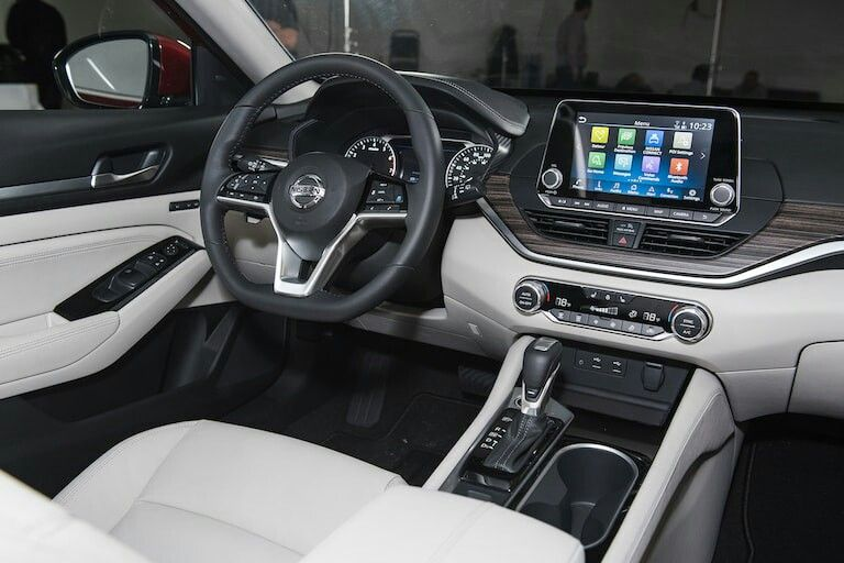 2019 Nissan Altima First Look The Altimate Accord
