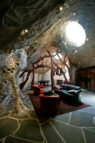 the mushroom house the interior rooms in this u201cpod u201d home decorated rh pinterest com