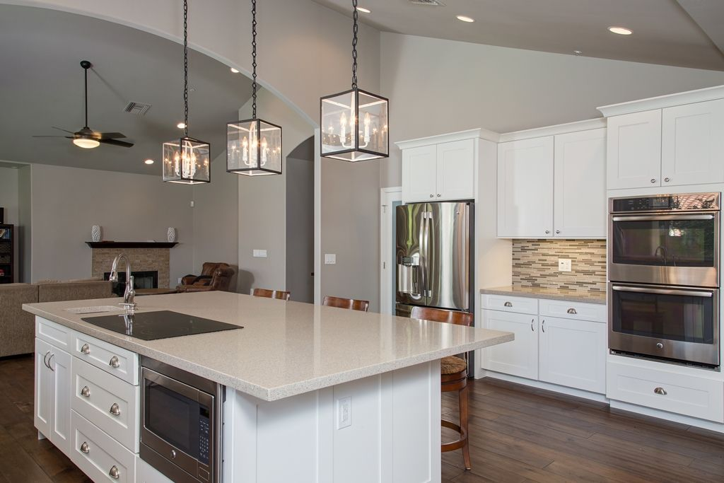 Gilbert, AZ Kitchen Design and Remodeling with Quartz Countertops ...