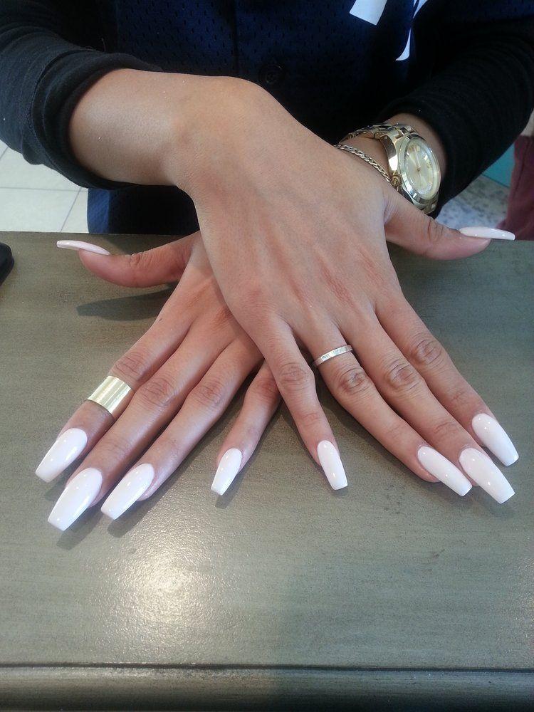 Acrylic Coffin Nails Dangercurves22 White Acrylic Nails French Tip Nails White Coffin Nails