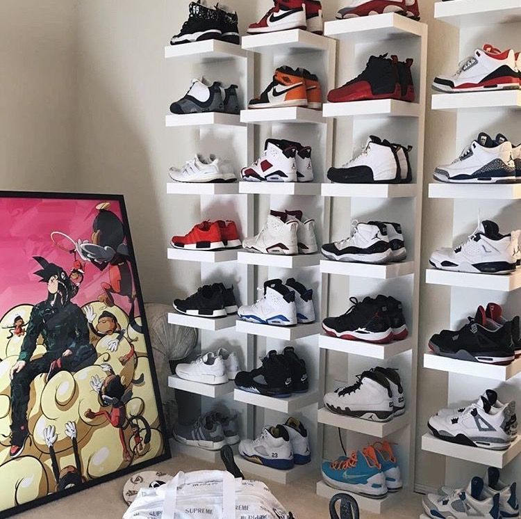 What two pair of kicks would you