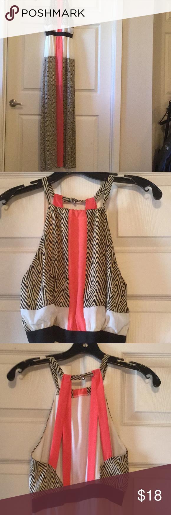 Xtaren dresses shorts and customer support