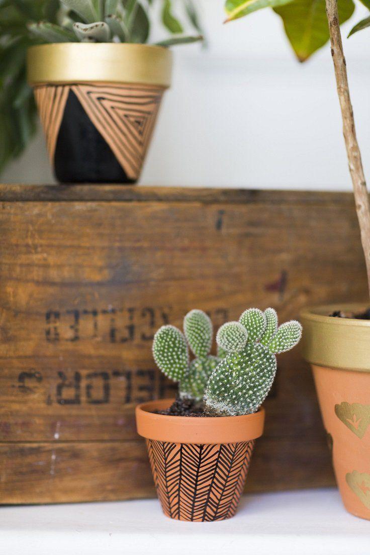 10 fa ons magnifiques de bricolage pour d corer vos pots en terre cuite diy pinterest. Black Bedroom Furniture Sets. Home Design Ideas