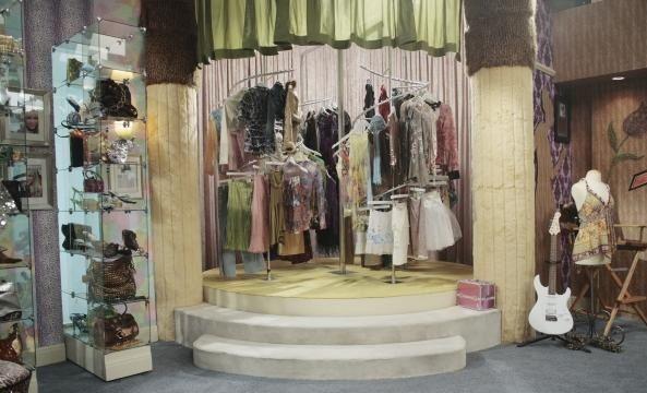 1d66a9b6aa But does anyone remember Hannah Montana's closet!!!????! | Hannah ...