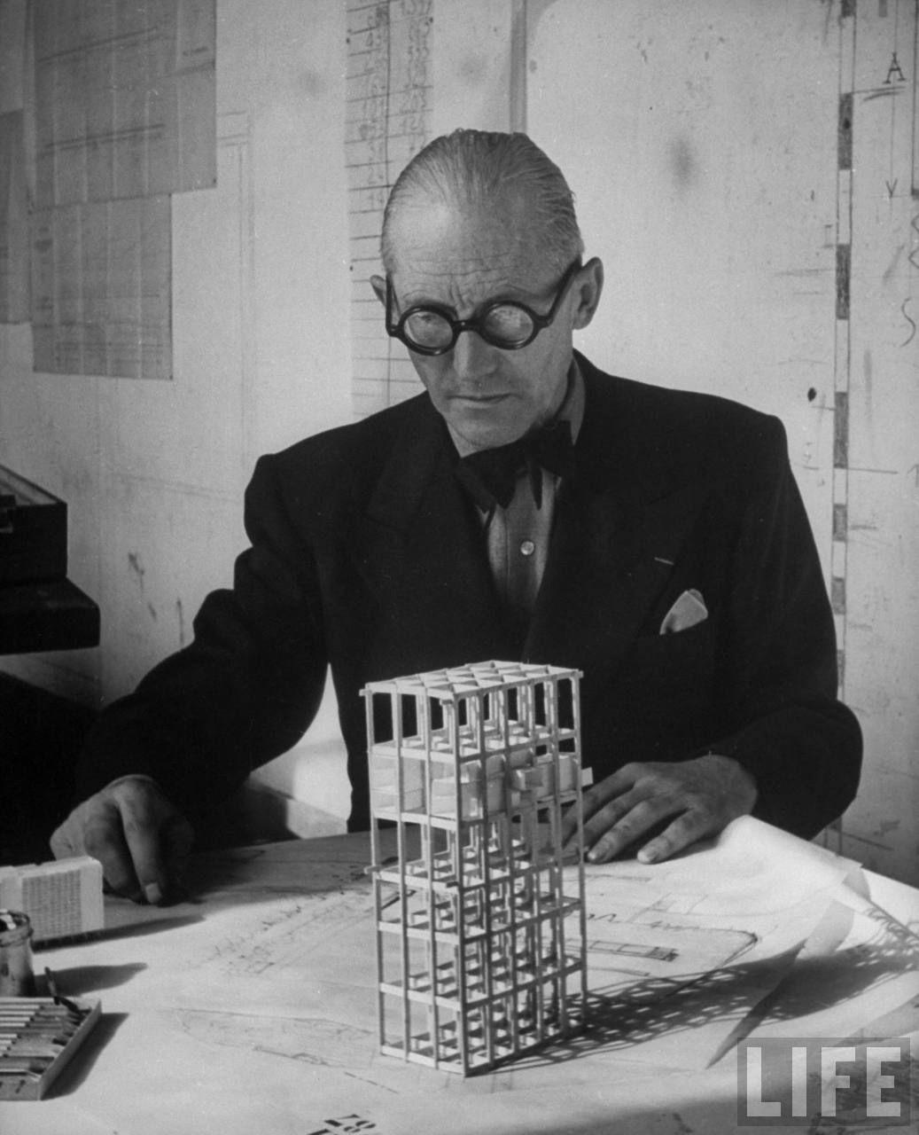 Le Corbusier Unite D Habitation Existenzminimum Telaio