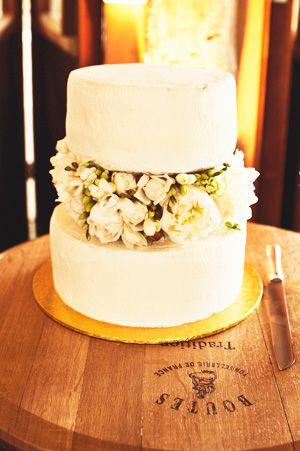 Our Wedding Cake Brides Of Adelaide Magazine