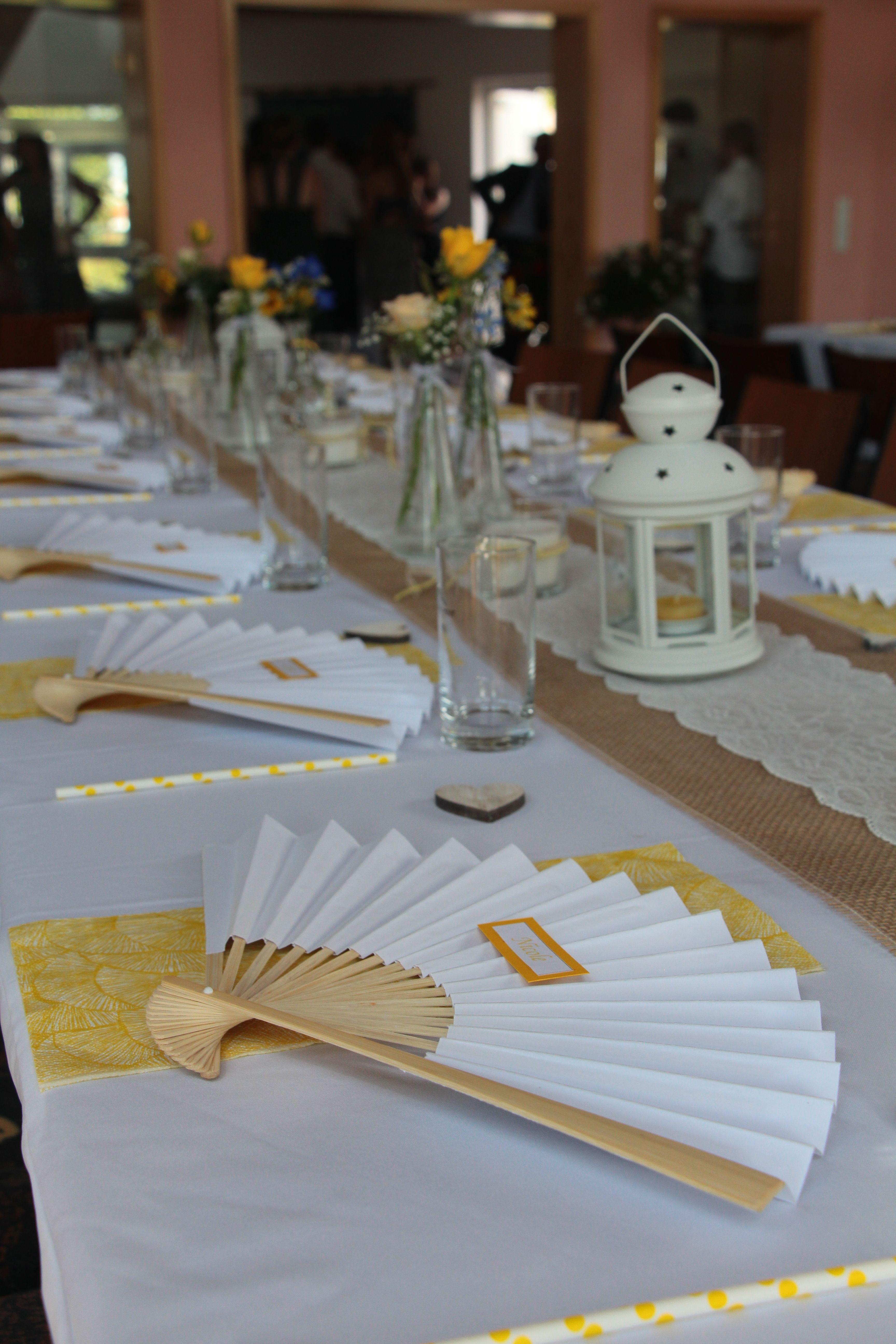 #wedding #yellow #white #summer #flowers #blue #lampions #hochzeit #gelb #fächer #sommer #weiß #lace #spitze #deko #decoration