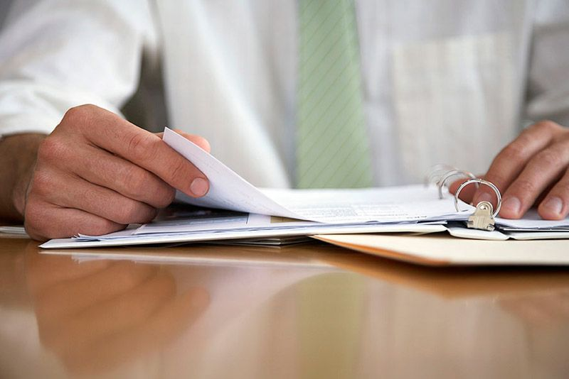 Mitarbeiter einstellen: Welche Anmeldungen sind nötig?