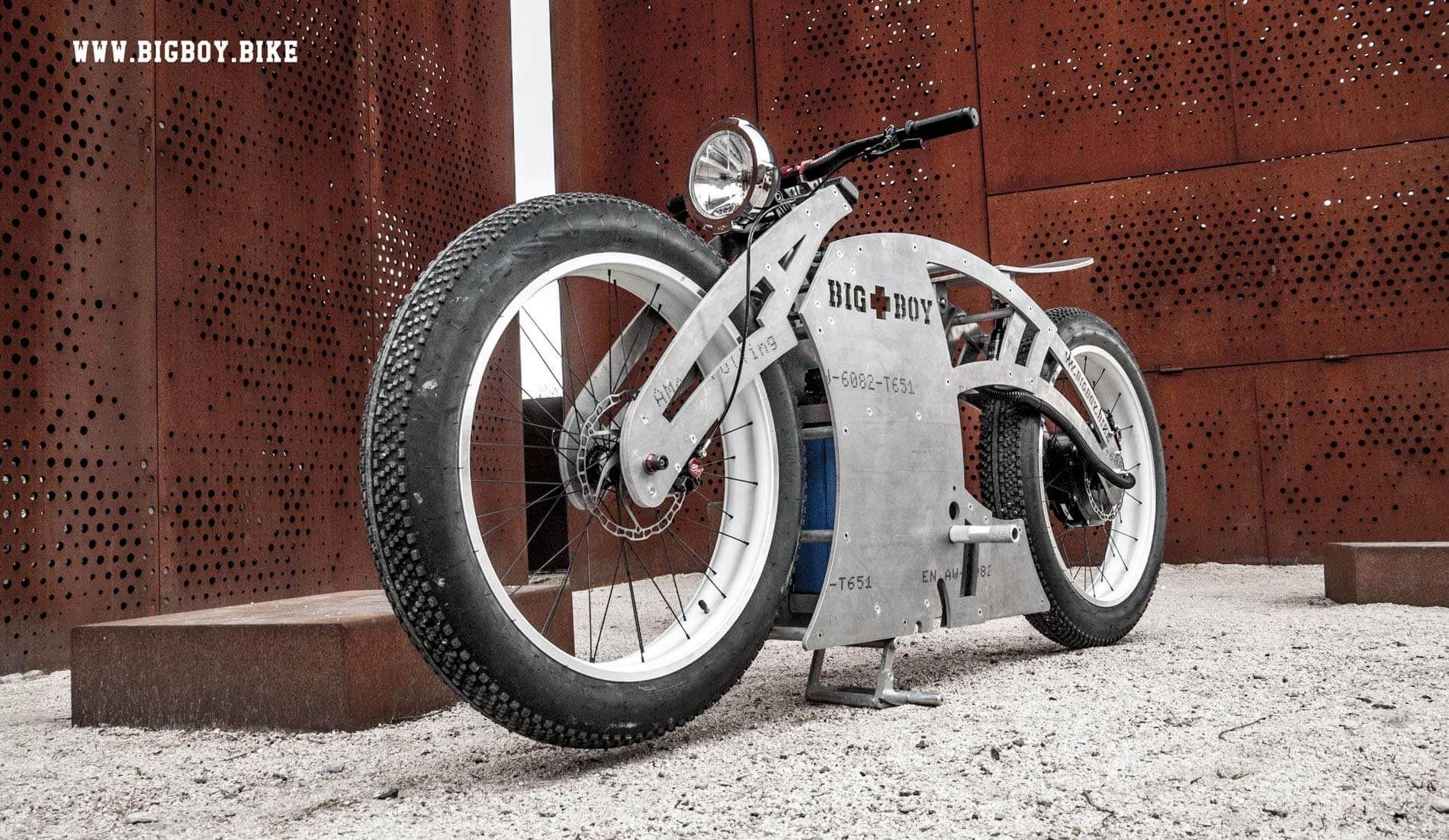 Liberator Electric Bicycle Recalls Vintage Motorcycles EVWORLD