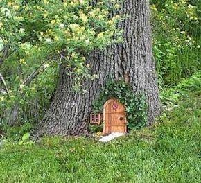 Kleine Märchenort überall im Garten...