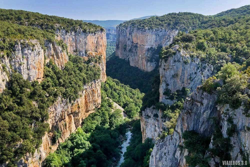 Ruta Por La Foz De Lumbier El Tesoro Escondido De Navarra Pamplona Rutas Rutas De Senderismo