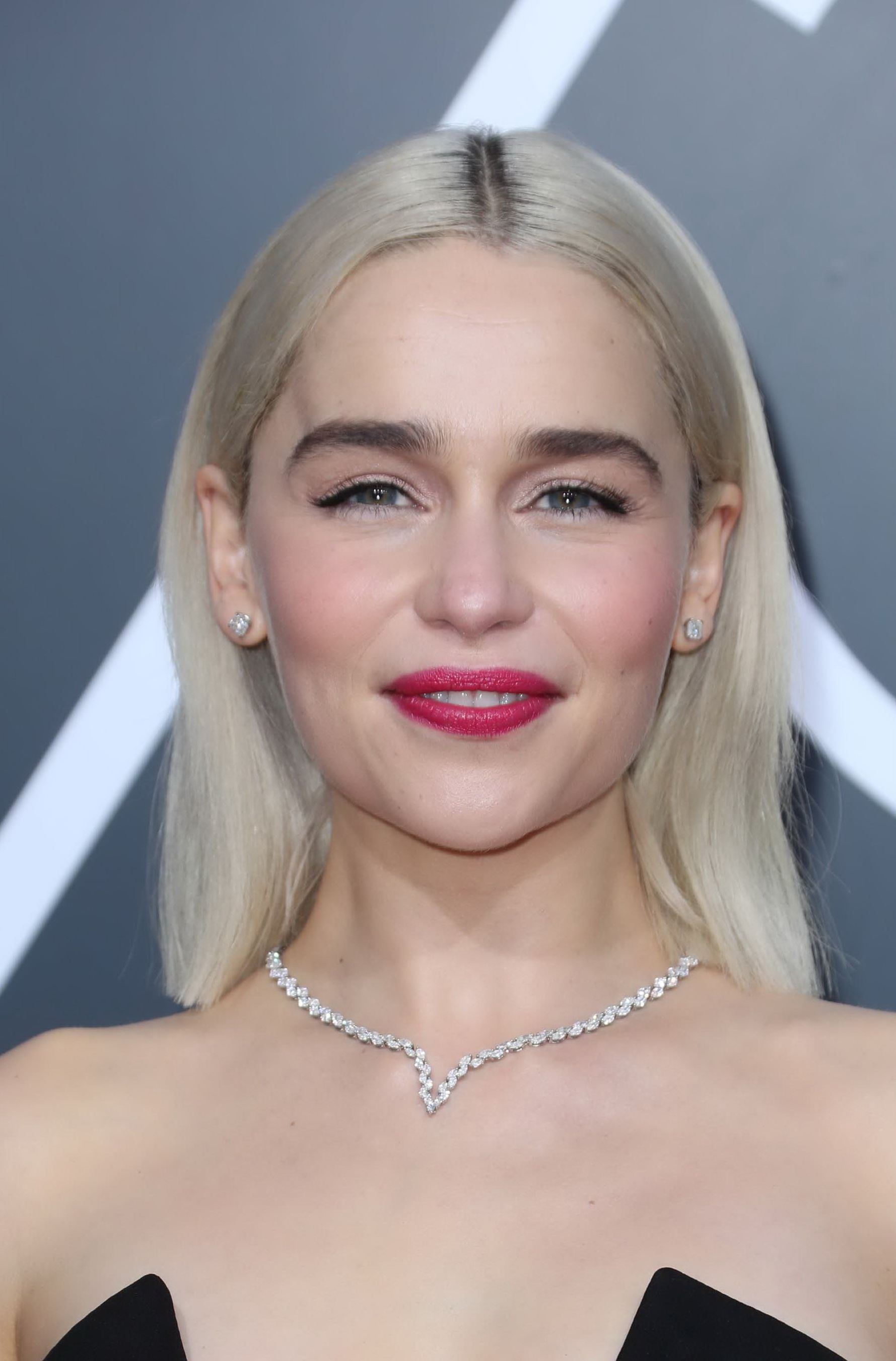 32de495b121ca Emilia Clarke - 75th Annual Golden Globe Awards in Beverly Hills - 1 ...