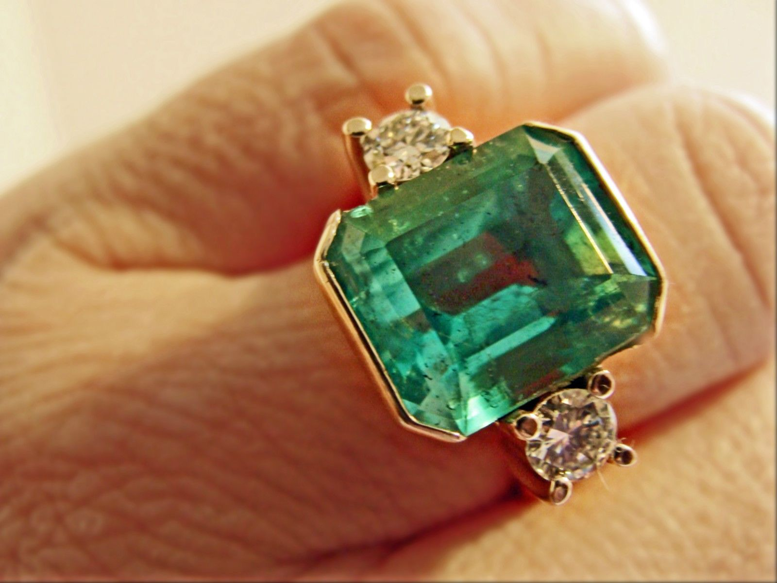 earrings at pm aaa colombian fine gold green products square emerald gorgeous screen natural stud shot