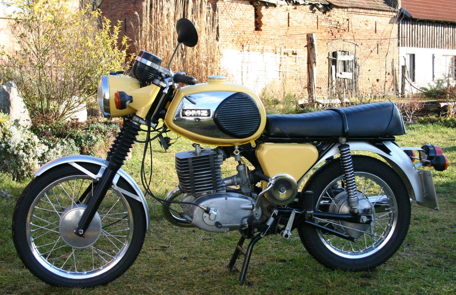 mz ts 250 1973 1974 motorcycles from saxony. Black Bedroom Furniture Sets. Home Design Ideas
