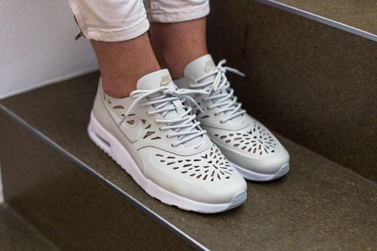 Nike Air Chaussures De Sport Max De Thea De Joli