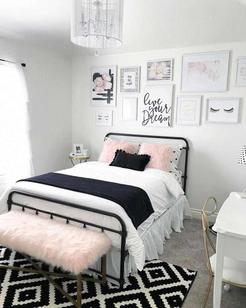 Teenage bedroom ideas for girls colorful rug decorative chandelier desk teenage bedroom