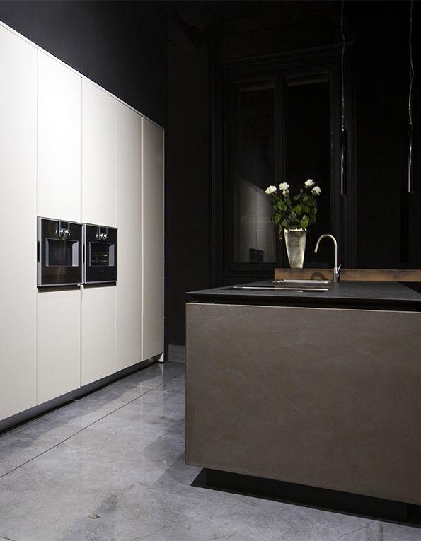 cuisine tendance métal et ciment avec Rifra sol gris et meuble blanc - Table De Cuisine Avec Plan De Travail
