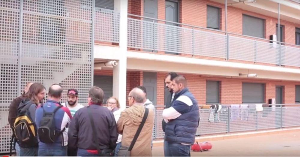 Zaragoza evita diez desahucios del banco malo pese al veto de Rajoy
