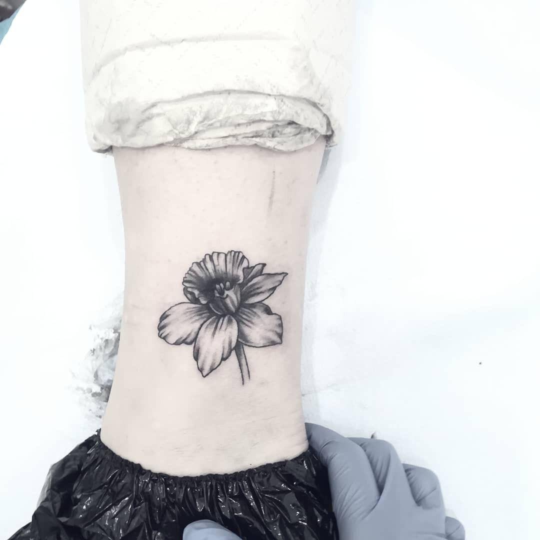 Narciso Desaturato Narciso Tattoo Blackandwhite Narcissus