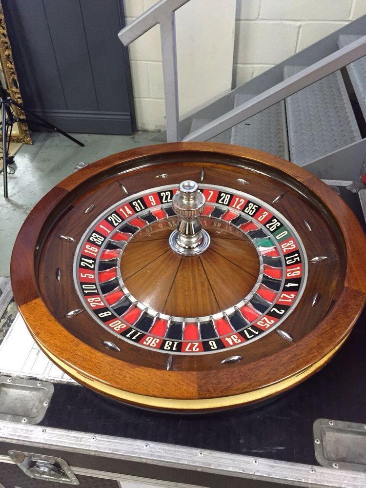 """Roulette Wheel John Huxley full Sized 32"""" Casino Standard"""