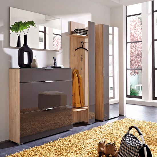 pingl par yasar saka sur yasar pinterest entr e couloir et dressings. Black Bedroom Furniture Sets. Home Design Ideas