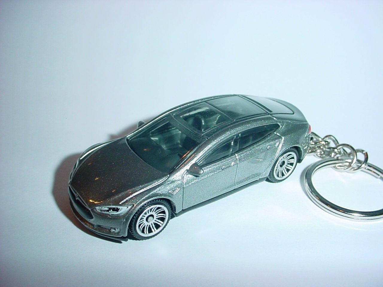 3D Tesla Model S custom keychain by Brian Thornton keyring