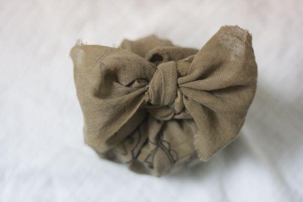 Furoshiki - fabric gift wrap with bow  www.josloft.com