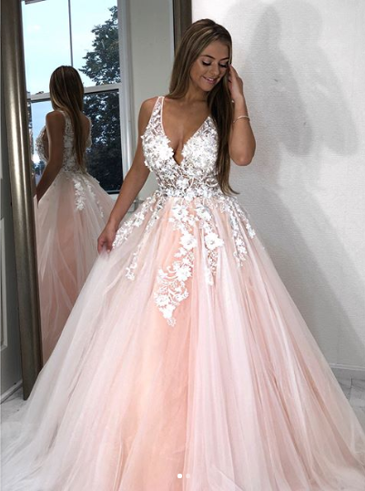 2019 Ball Gown Appliques Long Prom Dress Evening Dress Ball Gown Prom Dresses G29 Ball Dresses Prom Dresses Ball Gown Cute Prom Dresses