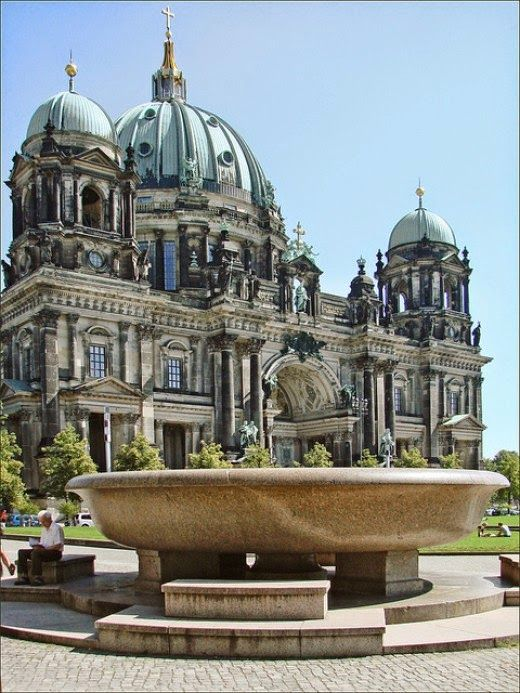 Museumsinsel Berlin Berlin Places To Visit Beautiful Places To Visit