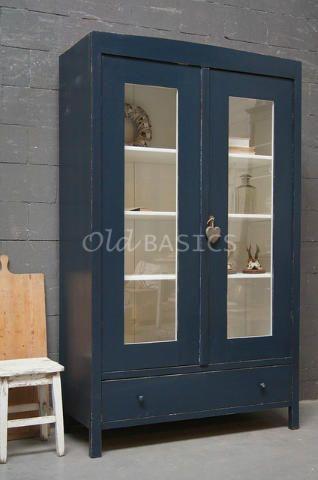 Mooie oude landelijke vitrinekast oud blauwe van kleur de buitenkant van de kast heeft een - Console ingang kast lade ...