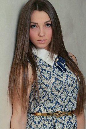 model-in-ukrainian-marriage-agency-alice