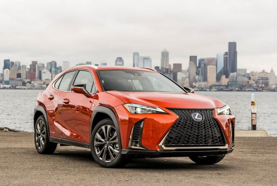 2020 Lexus Ux 200 Preview Crossover Gunstige Halloween Halloween Kostum