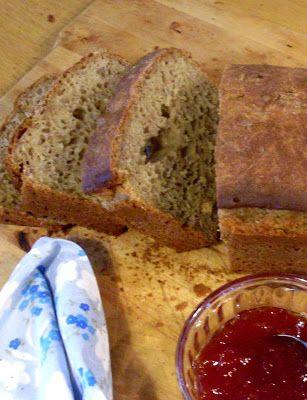 Pão de espelta e flocos de centeio