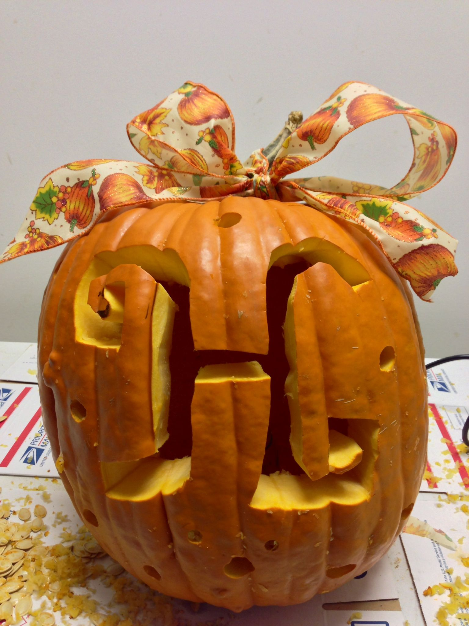 """H"" pumpkin with a big bow! <3"