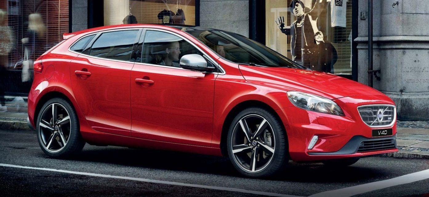 Volvo V40 Hatchback Now Starts At Rs 24 75 Lakhs In India Soulsteer Volvo V40 Volvo Hatchback