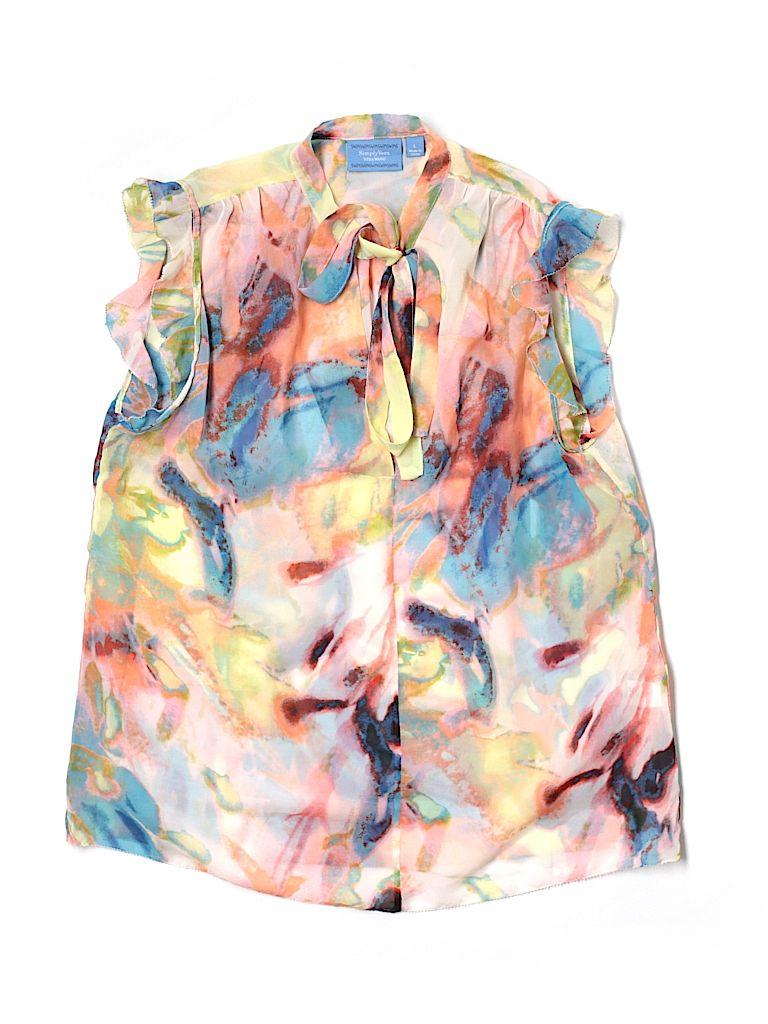 Check it out—Simply Vera Vera Wang Short Sleeve Blouse for $9.99 at thredUP!