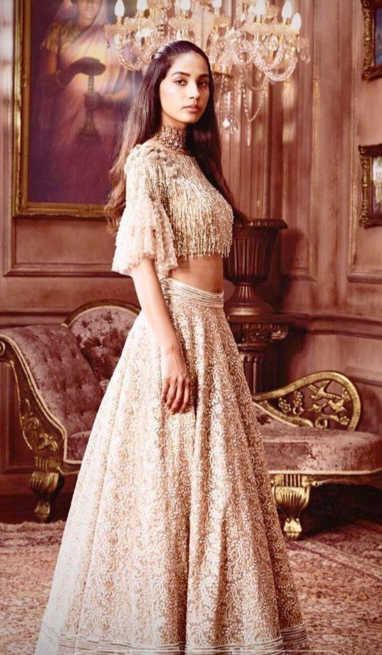 Neeta Lulla 2018 Bridal Lehenga   Indian designer wear   Pinterest ...